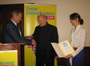 v.l.n.r. Armin Serwani, Kreisvorsitzender, Bernd Eppinger, Judith Skudelny, Generalsekretärin der FDP BW